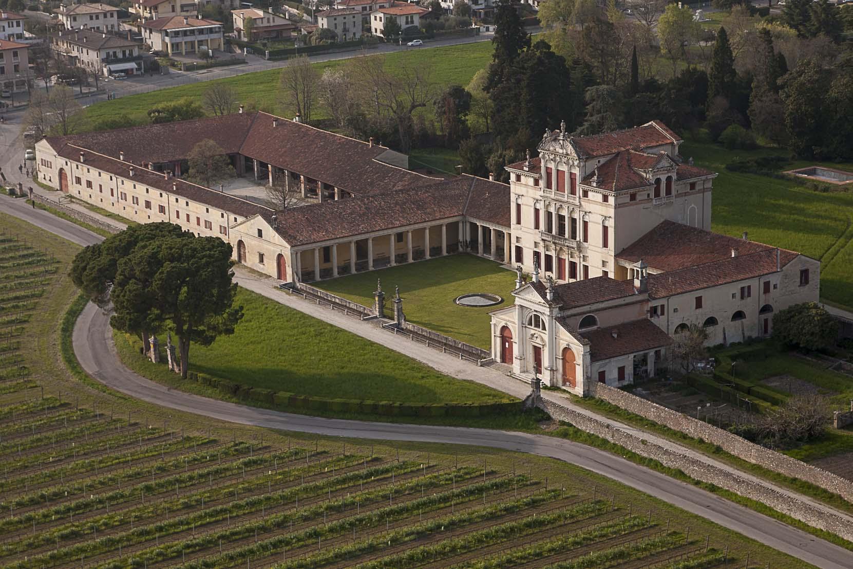 Grand tour dell italia attraverso le dimore storiche e le for Dimore milano vendita