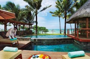 belle-mare-plage-presidential-villa-pool-1