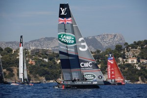 land-rover-bar-sail-in-toulon-americas-cup-world-series_lloyd-images