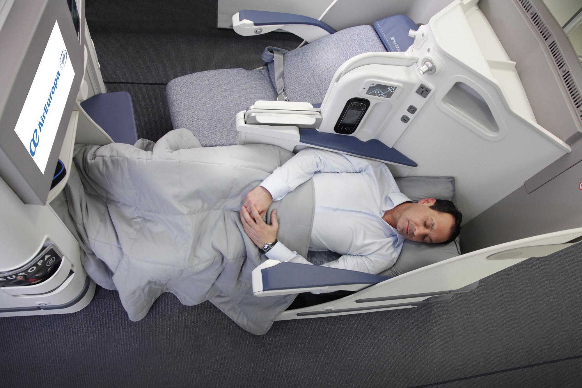 Air europa nasce il trasporto vip stylux for Interior 787 air europa