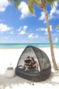 [HQ]_Sandals Barbados Beach Couple
