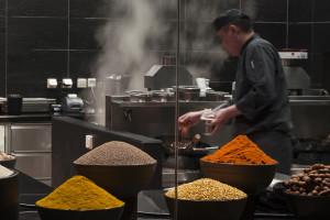 cam-dining-the-restaurant-theatre-kitchen-asian-chefs01